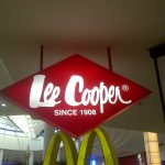 LEE COOPER - Acrylic lightbox top mounted