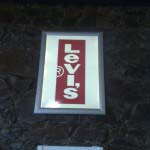 LEVIS - Edgelit frame with backlit graphics